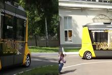 Rus yapımı sürücüsüz taksi 'Matruşka' yola çıktı