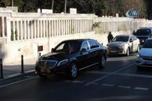 Cumhurbaşkanı anne ve babasının mezarını ziyaret etti