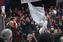 Ortalık karıştı! CHP kongresinde gergin anlar