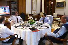 Erdoğan Katar emirini kabul etti dikkat çeken görüntü
