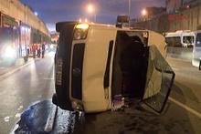 Bayrampaşa'da trafiği kilitleyen kaza 4 yaralı