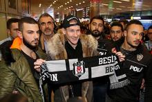 Domagoj Vida imza için İstanbul'da