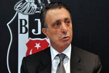 Ahmet Nur Çebi trafik kazası geçirdi!