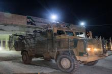 Askeri araçlar Halep'in Azez ilçesine doğru geçiş yaptı