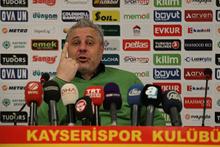 Kayserispor'un hocası maç sonu çıldırdı
