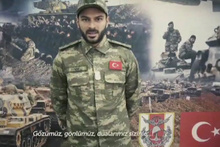 Atiker Konyasporlu futbolculardan asker kıyafetli dua