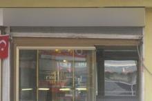 Bu dükkanın öyle bir adı var ki görenler şoke oldu