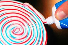 Renkli diş macunlarının özelliği ne? Ufkunuzu açacak bilgiler