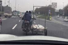 E5 Karayolunda motosiklet sürücüsü tehlike saçtı