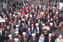 Milyonlarca İranlı devrime bağlılık yürüyüşü gerçekleştirdi