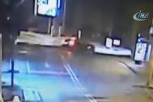 Burak Yılmaz'ın ölümden döndüğü kaza güvenlik kamerasında