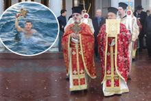 Üsküdar'da denizden haç çıkarma töreni düzenlendi