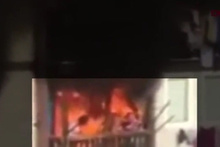 Yangında can pazarı! Sığındıkları balkon alev aldı!