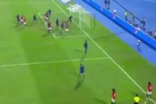 Salah'tan inanılmaz gol! Köşe vuruşundan kaleciyi avladı
