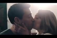 Farah Zeynep Abdullah ve Ekin Koç'un olay öpüşme sahnesi!