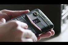 Cem Uzan Twitter'dan paylaştı! Vertu'nun yeni telefonu Aster P 2018 geliyor