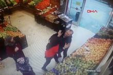 Markette dehşet! Sevgili olmayı kabul etmeyince markette bıçakladı