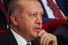 Cumhurbaşkanı Erdoğan sevdiği şarkıya böyle eşlik etti
