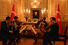 Viyana'da Türk müzisyenlerden klasik müzik konseri