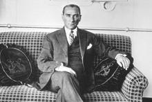 Türkiye Cumhuriyeti'nin kurucusu Mustafa Kemal Atatürk'ün 20 altın sözü!