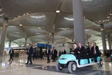 İstanbul Yeni Havalimanı'nın tavanında dikkat çeken ayrıntı!