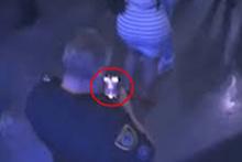 Sapık polis suçüstü yakalandı! O anlar kamerada
