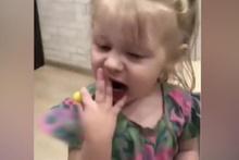 Küçük kızın içinden canavar çıktı