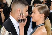 Top model Gigi Hadid'in sevgilisi Zayn Malik Müslümanlığı bıraktı