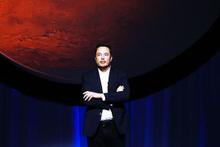 Elon Musk Mars'a yerleşeceğini açıkladı