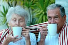 Emekliye kamuda çalışma müjdesi! Düşük faizli kredi de verilecek