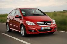 Otomobilde model model indirimli fiyatlar