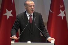 Cumhurbaşkanı Erdoğan'ın o sözlerini ayakta alkışladılar