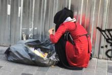 Yeni moda dilencilik ifşa oldu sanki çöpten ekmek yiyormuş gibi...