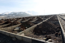 Ölüsüz 600 mezar kazdılar Erzurum'da mezar hazırlığı