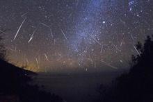 Bu gece meteor yağmuru geliyor ateş eden yıldızlar saat kaçta yağacak