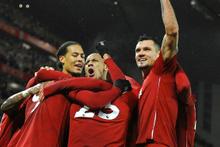 Liverpool, ManU'yu paramparça etti