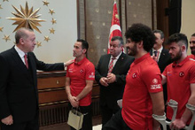 Erdoğan, Ampute Futbol Milli Takımı'nı kabul etti