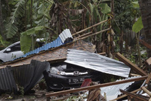 Tsunami yine can aldı Endonezya'da 222 kişi hayatını kaybetti