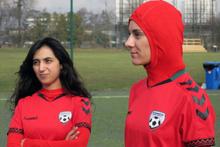 Afganistan'da skandal! Milli takımda oynayan kızlarla birlikte olup...