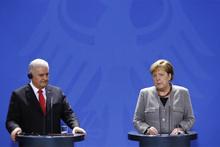 Berlin'de skandal: Başbakan Yıldırım haddini bildirdi!