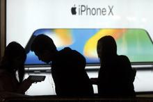 iPhone'lar bir bir çöküyor! Apple'dan büyük hata