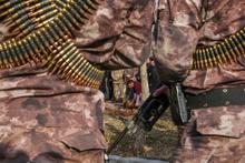 PÖH'ler Afrin'e böyle uğurlandı! 44 kişilik 2 tim...