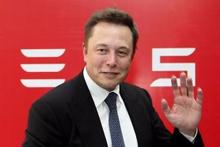 Elon Musk tüm dünyaya interneti getirecek