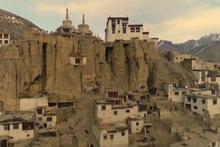 Himalayalardaki bir köyün elektrikle tanışma hikayesi