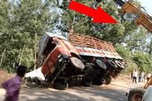 Yok böyle kaza! Tam kamyonu kurtardım derken...