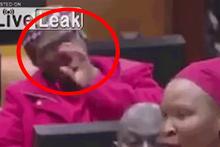 Parlamentoda burnunu karıştıran kadın yok artık dedirtti...