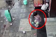 Hindistan'da iki yaşındaki çocuğu böyle kaçırdı