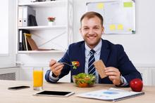 Ofiste sağlıklı beslenmenin 5 altın kural