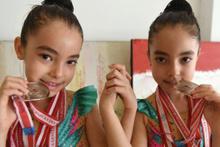 İkiz jimnastikçilerin başarısı