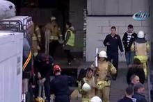 Tuzla Organize Sanayii Bölgesi'nde bir depodaki raflar işçilerin üzerine düştü